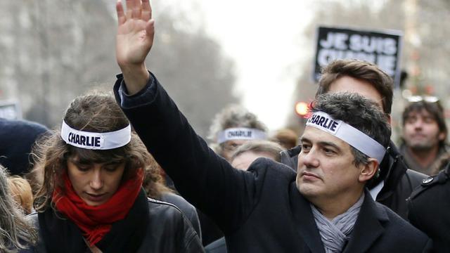 L'urgentiste Patrick Pelloux (D) lors de la manifestation unitaire du 11 janvier 2015 à Paris en hommage aux victimes de la tuerie de Charlie Hebdo [Thomas Samson / AFP/Archives]