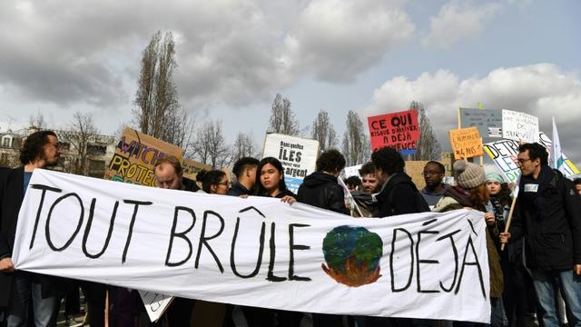 Manifestation des jeunes pour le climat, à Paris, le 8 mars 2019 [Alain JOCARD / AFP/Archives]