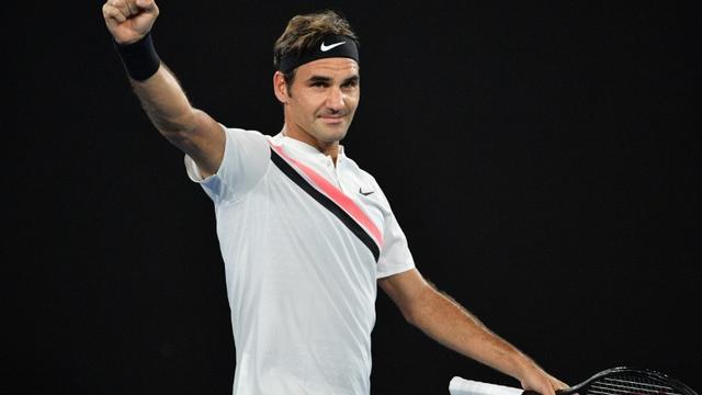 Le Suisse Roger Federer après sa victoire face à l'Allemand Jan-Lennard Struff à l'Open d'Australie, le 18 janvier 2018 à Melbourne [SAEED KHAN / AFP]