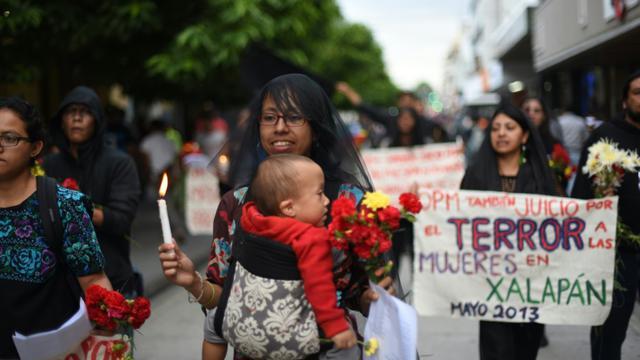 Manifestation dans les rues de la capitale du Guatemala le 5 septembre 2015, contre la corruption à la veille du premier tour de l' élection présidentielle [JOHAN ORDONEZ / AFP]