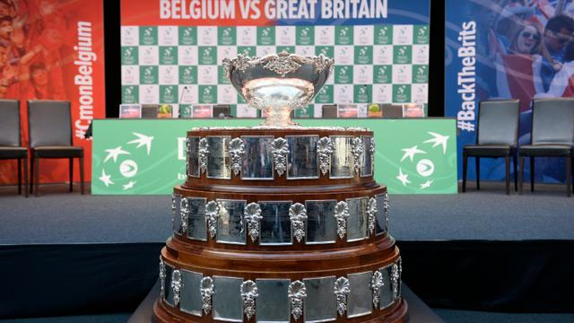 Le trophée de la Coupe Davis, exposé le 26 novembre 2015 à Gent, en Belgique [DIRK WAEM / BELGA/AFP/Archives]