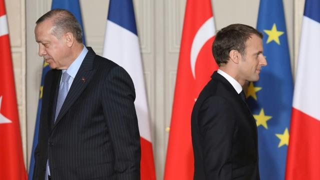 Les présidents turc Recep Tayyip Erdogan et français Emmanuel Macron à Paris, le 5 janvier 2018 [LUDOVIC MARIN / POOL/AFP/Archives]