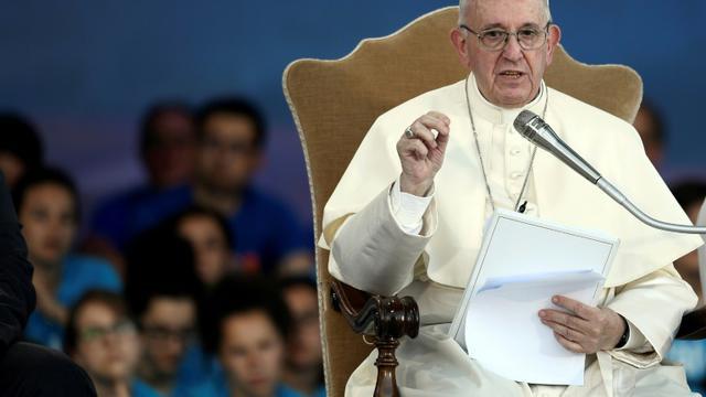 Le pape François s'exprime devant quelque 70.000 jeunes Italiens au Cirque Maxime de Rome, le 11 août 2018 [FILIPPO MONTEFORTE / AFP]