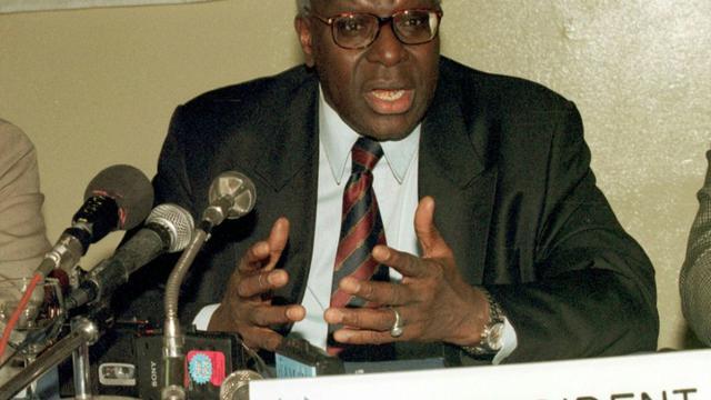 Lamine Diack, alors président de l'IAAF en conférence de presse, le 25 novembre 2018 à Dakar  [SEYLLOU DIALLO / AFP/Archives]