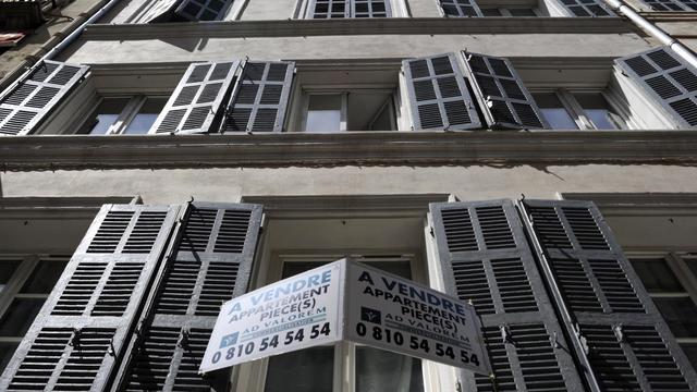 La réforme du logement passe par de nouveaux zonages et le plafonnement d'honoraires pour les agents immobiliers [Boris Horvat / AFP/Archives]