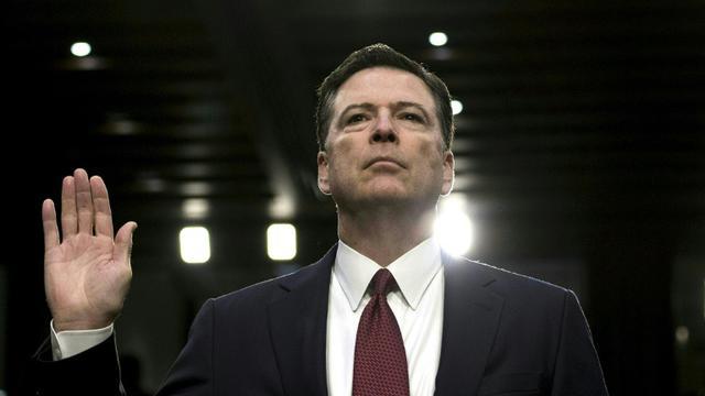 L'ancien directeur du FBI, James Comey, prête serment le 8 juin 2017 devant une commission du Sénat à Washington [Brendan Smialowski / AFP/Archives]