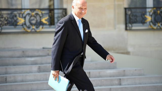 Le ministre des Affaires étrangères Laurent Fabius à la sortie du Conseil des ministres le 19 août 2015 à l'Elysée à Paris  [STEPHANE DE SAKUTIN / AFP]