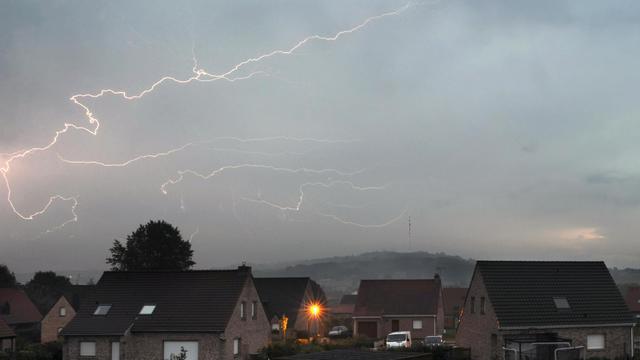 Un orage le 23 août 2011 à  Godewaersvelde dans le nord de la France [Philippe Huguen / AFP/Archives]