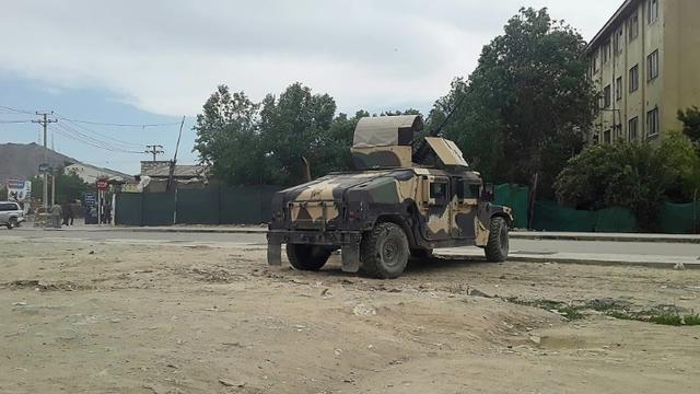 L'armée afghane arrive sur les lieux d'un attentat à Kaboul, le 30 mai 2019 [STR / AFP]
