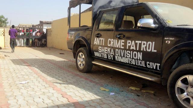 Une voiture de police dans la banlieue de Kano au Nigeria [Aminu Abubakar / AFP/Archives]