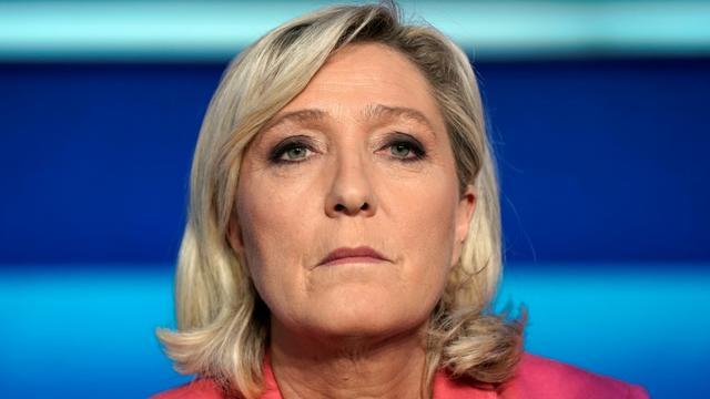 La présidente du Rassemblement National (RN) Marine Le Pen, avant le débat de France 2, à Saint-Cloud, le 22 mai 2019 [Lionel BONAVENTURE / AFP]