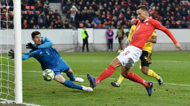L'attaquant suisse Haris Seferovic marque contre la Belgique en Ligue des nations, le 18 novembre 2018 à Lucerne [Fabrice COFFRINI / AFP]