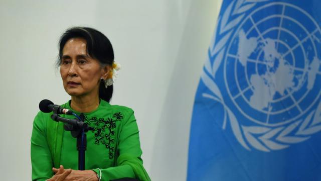 La dirigeante birmane et Prix Nobel de la paix Aung San Suu Kyi, le 30 août 2016 à Naypyidaw [ROMEO GACAD / AFP/Archives]