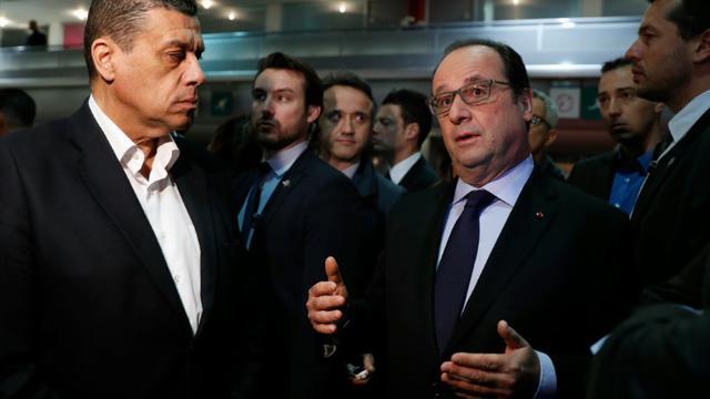 Le président de la FNSEA, Xavier Beulin, et le président Francois Hollande le 27 février 2016 au Salon de l'Agriculture à Paris [BENOIT TESSIER / POOL/AFP]