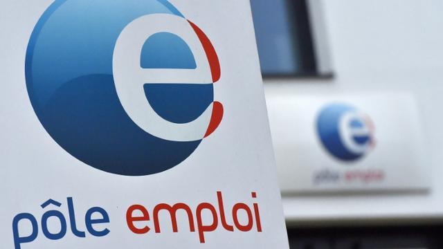 Logo de Pôle emploi, photo prise à Nantes, le 15 janvier 2018 [LOIC VENANCE / AFP/Archives]