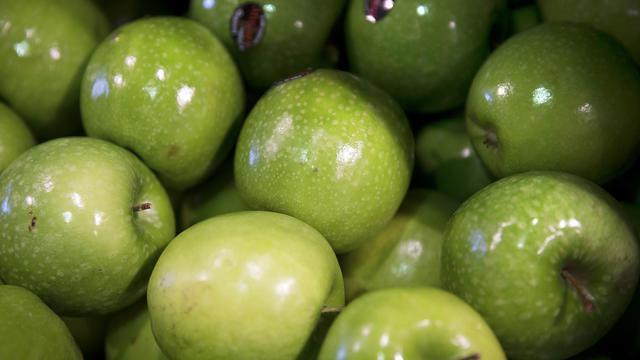 Les producteurs français appellent les Français à manger leurs pommes pour résister à l'embargo russe [Joel Saget / AFP/Archives]