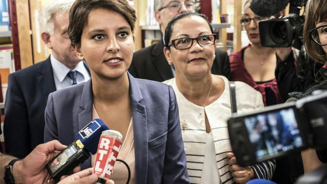 La ministre de l'Education Najat  Vallaud-Belkacem le  31 août 2015 à Dijon  [JEAN-PHILIPPE KSIAZEK / AFP/Archives]