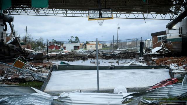 Un magasin endommagé par l'ouragan à Panama City en Floride, le 10 octobre 2018  [Brendan Smialowski / AFP]
