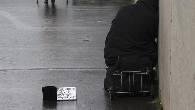 Une personne sans-abri à Paris [Joel Saget / AFP/Archives]
