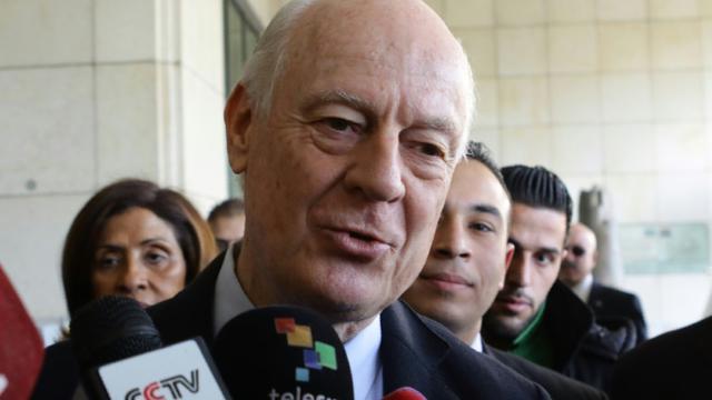 L'envoyé spécial de l'ONU pour la Syrie, Staffan de Mistura lors d'une conférence de presse à Damas, le 16 février 2016 [LOUAI BESHARA / AFP]