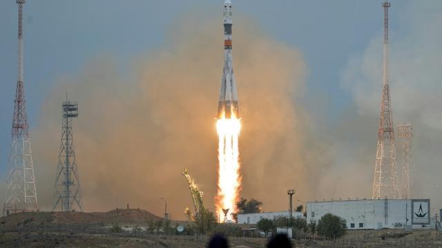 Décollage le 19 octobre 2016 depuis le cosmodrome de Baïkonour au Kazakhstan du Soyouz MS-02 avec à son bord les Russes Sergueï Ryjikov et Andreï Borissenko et l'Américain Shane Kimbrough [Vasily MAXIMOV / AFP]