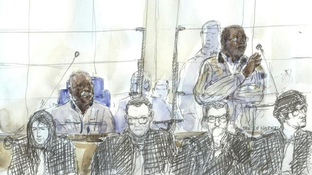Croquis d'audience montrant les anciens bourgmestres rwandais Tito Barahira et Octavien Ngenzi, le 2 mai 2018, à la cour d'appel de Paris [Benoit PEYRUCQ / AFP/Archives]