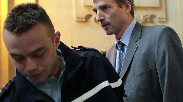 L'ancien supérieur hiérarchique de Jérôme Kerviel, Eric Cordelle arrive au palais de justice de Paris le 21 juin 2010 [JACQUES DEMARTHON / AFP/Archives]