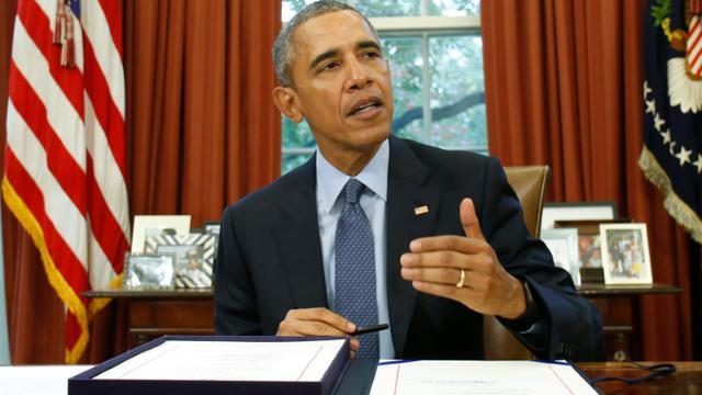 Le président américain Barack Obama dans le Bureau ovale à la Maison Blanche à Washington DC, le 2 novembre 2015 [YURI GRIPAS / AFP/Archives]