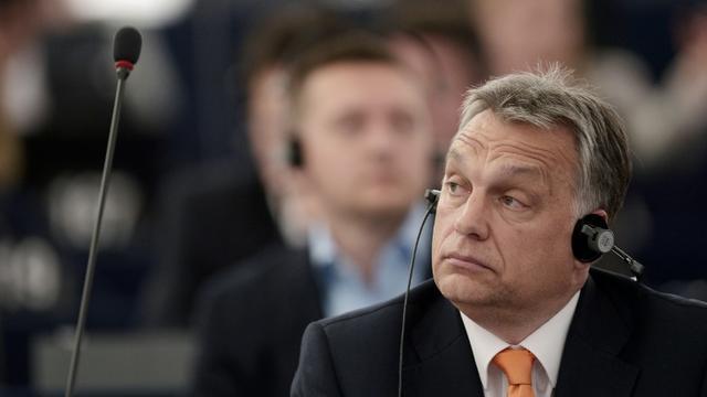 Le Premier ministre Viktor Orban lors d'un débat au Parlement européen à Strasbourg le 26 avril 2017 [FREDERICK FLORIN / AFP/Archives]