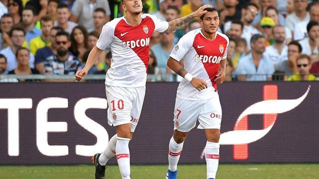 Les joueurs de Monaco Rony Lopes (d) et Stevan Jovetic buteurs lors de la victoire de Monaco à Nantes 3-1 le 11 août 2018 [LOIC VENANCE / AFP]