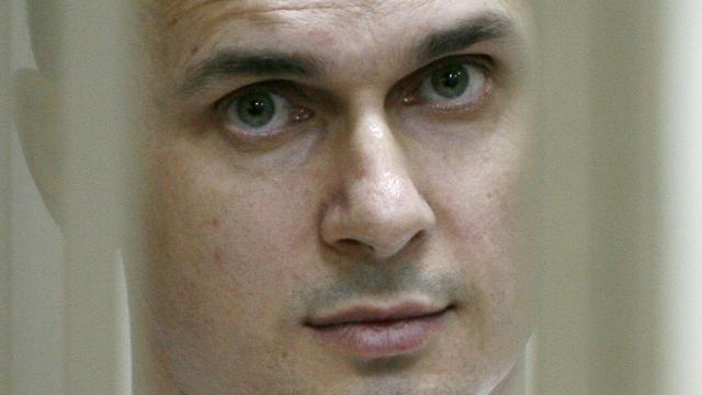 Le réalisateur ukrainien Oleg Sentsov est entendu par une cour militaire, le 21 juillet 2015, au tribunal de Rostov-sur-le-Don, dans le sud-ouest de la Russie [Sergei Venyavsky / AFP/Archives]