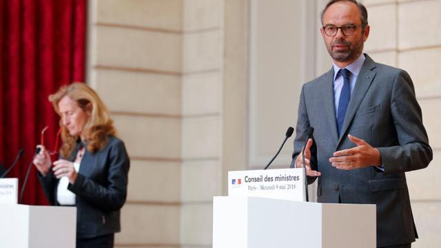 La ministre de la Justice Nicole Belloubet et le Premier ministre Édouard Philippe en conférence de presse à l'Élysée à Paris, le 9 mai 2018 [Francois Mori / POOL/AFP]