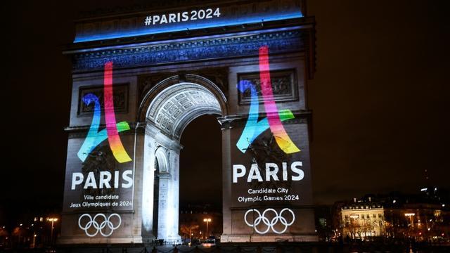 L'équipe de campagne de Paris-2024 présente mardi à Doha, comme ses rivales Los Angeles et Budapest, les points clés de son projet olympique [LIONEL BONAVENTURE / AFP/Archives]
