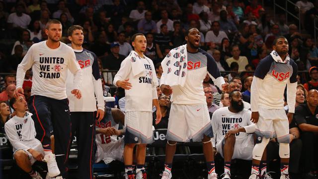 Les joueurs de l'équipe américaine de basketball face la République dominicaine, en match de préparation au Mondial, le 20 août 2014 au Madison Square Garden à New York [Al Bello / AFP]
