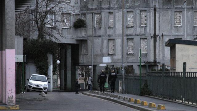 Une patrouille de police dans la Cité des poètes à Pierrefitte-sur-Seine [Patrick Kovarik / AFP/Archives]