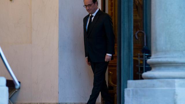 Le président François Hollande le 5 janvier 2016 à l'Elysée à Paris [KENZO TRIBOUILLARD / AFP]