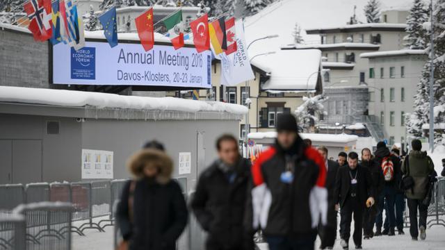 Le Centre de conférences où se tiennent les travaux du forum, le 19 janvier 2016 à Davos [FABRICE COFFRINI / AFP]