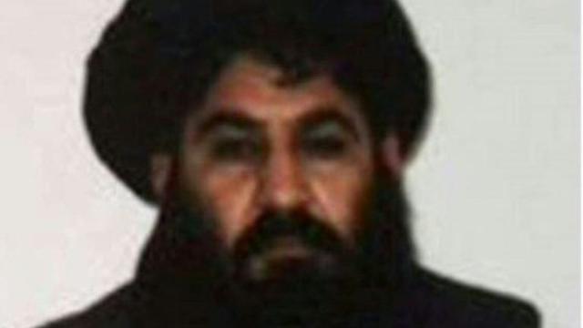 Photo prise depuis un téléphone portable réalisée par les talibans afghans montrant leur chef Akhtar Mansour, réalisée, le 3 décembre 2015 [HO / AFP/Archives]