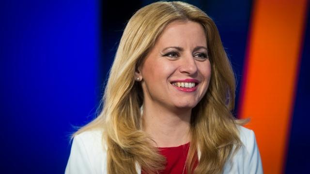 Zuzana Caputova, élue présidente en Slovaquie, sur la chaîne TV Markiza à Bratislava, le 31 mars 2019 [VLADIMIR SIMICEK / AFP]