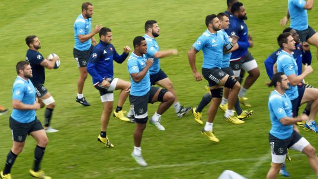 Les joueurs du XV de France à l'entraînement au centre national du rugby de Marcoussis, le 4 Septembre 2015 [Loic Venance / AFP]