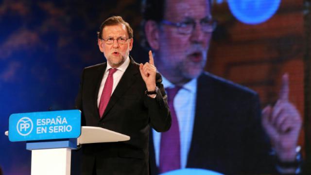 Mariano Rajoy lors d'un meeting le 18 décembre 2015 à Madrid  [CESAR MANSO / AFP]
