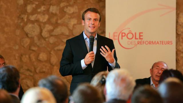 Le ministre de l'Economie Emmanuel Macron, le 27 août 2015 près de Bordeaux [NICOLAS TUCAT / AFP]