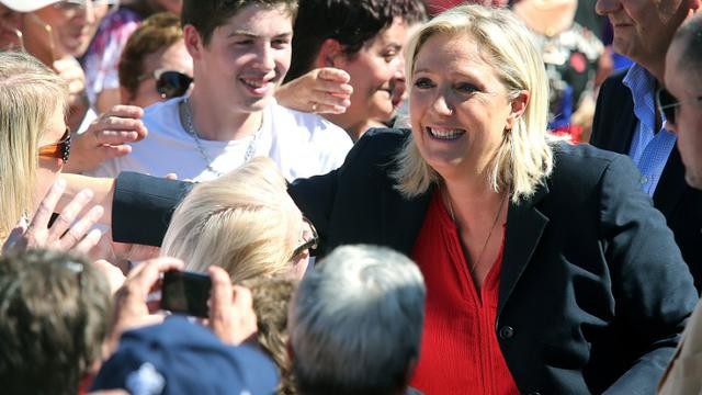 Marine Le Pen lors d'un rassemblement politique le 29 août 2015 à Brachay (Haute-Marne) [FRANCOIS NASCIMBENI / AFP]