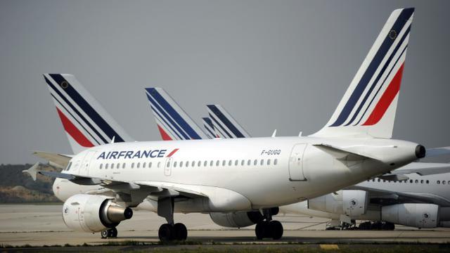 Dix syndicats d'Air France, dont ceux représentant les pilotes, appellent à une journée de grève le 22 février [STEPHANE DE SAKUTIN / AFP/Archives]