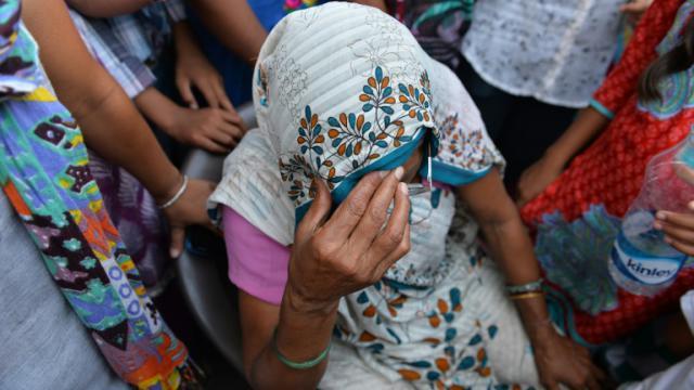 La grand-mère d'une enfant violée le 17 octobre 2015 à New Delhi [Chandan Khanna / AFP]