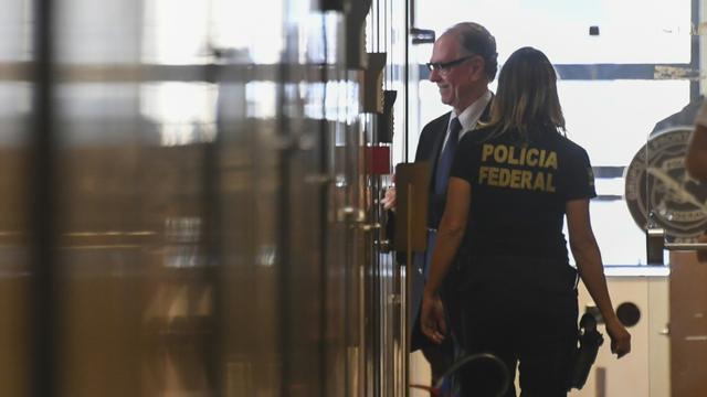 Le patron du mouvement olympique brésilien, Carlos Arthur Nuzman dans les locaux de la police fédérale à Rio, le 5 septembre 2017 [Apu Gomes / AFP/Archives]