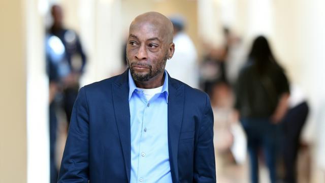 Dewayne Johnson, atteint d'un cancer en phase terminale, intente un procès au géant de l'agrochimie Monsanto. Il est ici au tribunal de San Francisco, en Californie, le 9 juillet 2018   [JOSH EDELSON / POOL/AFP]