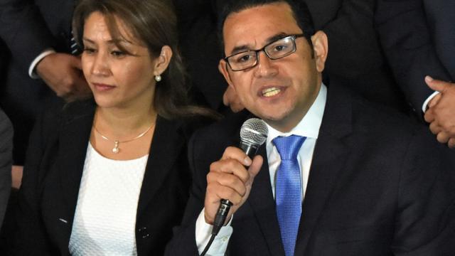Le nouveau président du Guatemala, Jimmy Morales,  candidat du parti de droite FCN-Nacion, le 25 octobre 2015 au soir du 2è tour des élections présidentielles [RODRIGO ARANGUA / AFP]