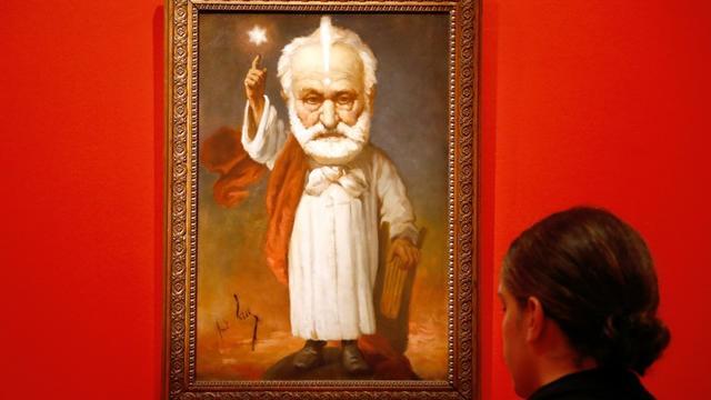 """""""Portrait de Victor Hugo"""" par André Gil présenté dans l'exposition """"Caricatures, Hugo à la une"""" dans sa maison de la Place des Vosges, le 12 septembre 2018 [FRANCOIS GUILLOT / AFP]"""