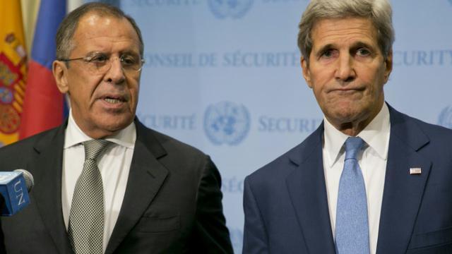 Les ministres russe Sergueï Lavrov et américain John Kerry des Affaires étrangères le 30 septembre 2015 à New York  [Dominick Reuter / AFP/Archives]